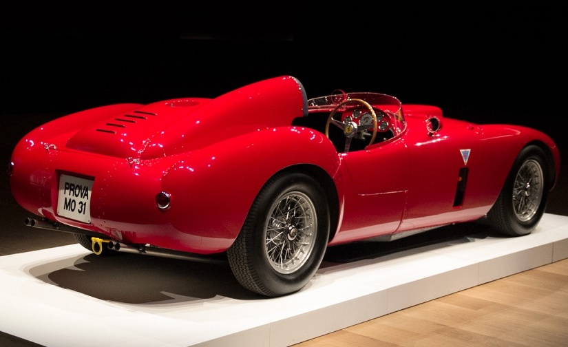 Ferrari 375 Plus. Nel cofano il motore che consacrò al mondo il mitoFerrari