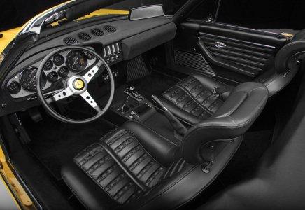 "365 GTB4 ""Daytona"""