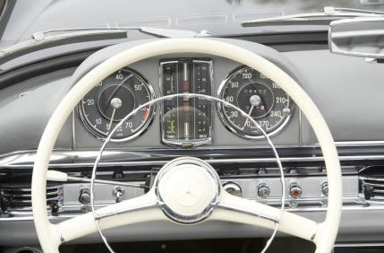 Mercedes 300 SL Roadster del 1963