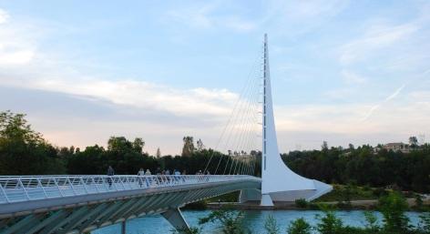 Sheraton-Redding-at-Turtle-Bay-Hotel-Sundial-Bridge