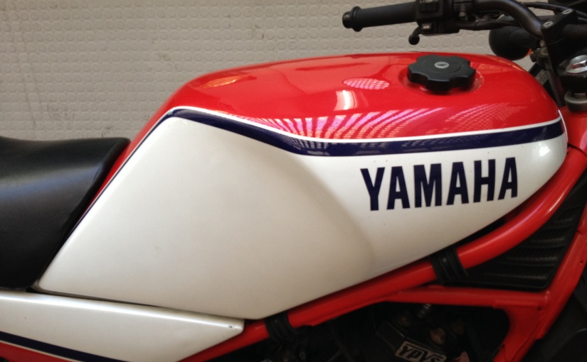 Market Spots. Yamaha RD350LC, identified flyingobject