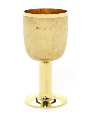 GERALD BENNEY- A rare 18 carat gold beaker London 1972