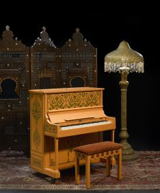 Lot 83 - The piano from Casablanca on which Sam plays As Time Goes By 1