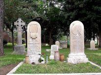1280px-Keats_grave