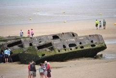mezzi-militari-sbarco-normandia